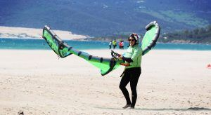 Kite lessons in Tarifa in Offshore wind