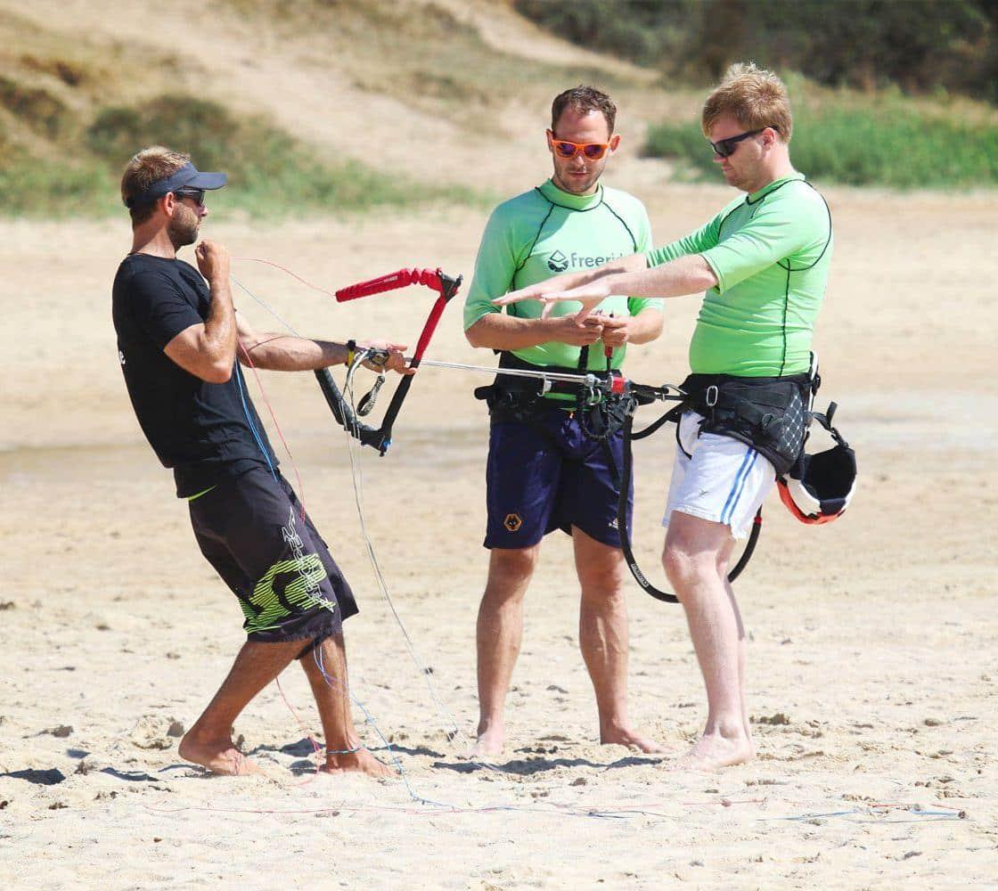 Kite school Freeride Tarifa. Beginner courses. Security system.