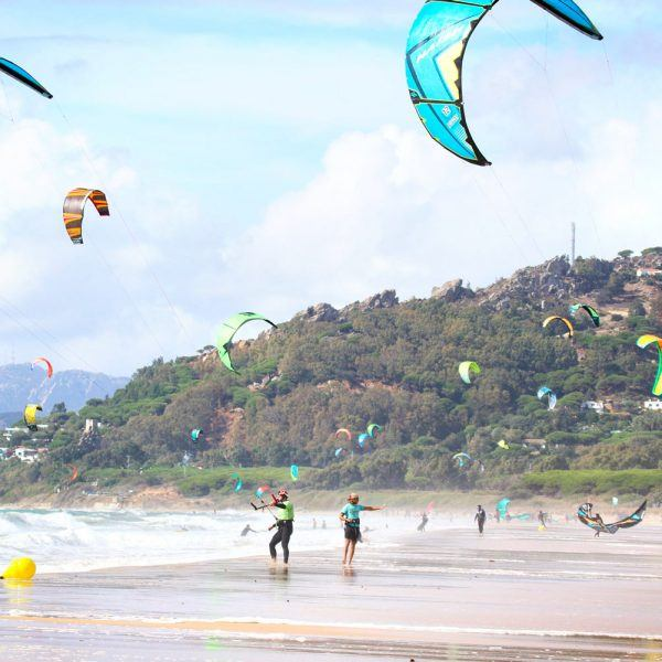 Semi-private courses in Los Lances beach. Freeride Tarifa Kite School.