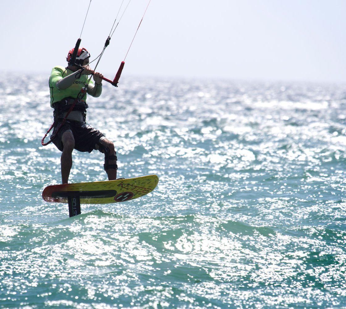 apprendre le kitefoil, Tarifa