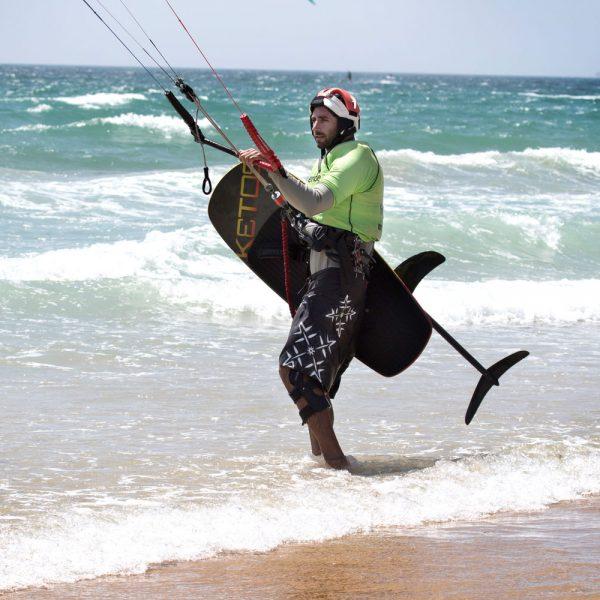 pratique du kitefoil, kiteschool