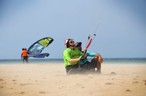 learning how to control the kite first lessons on the bech