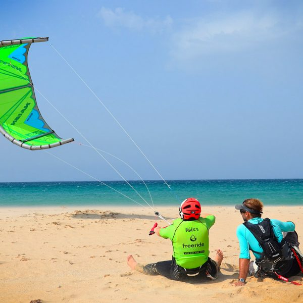 Kite control, control your direction. Kiteboarding in spain.