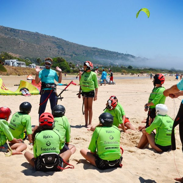 Kiteboarding introduction, wind window. Kitesurf classes. Group lessons in Tarifa, Valdevaqueros.