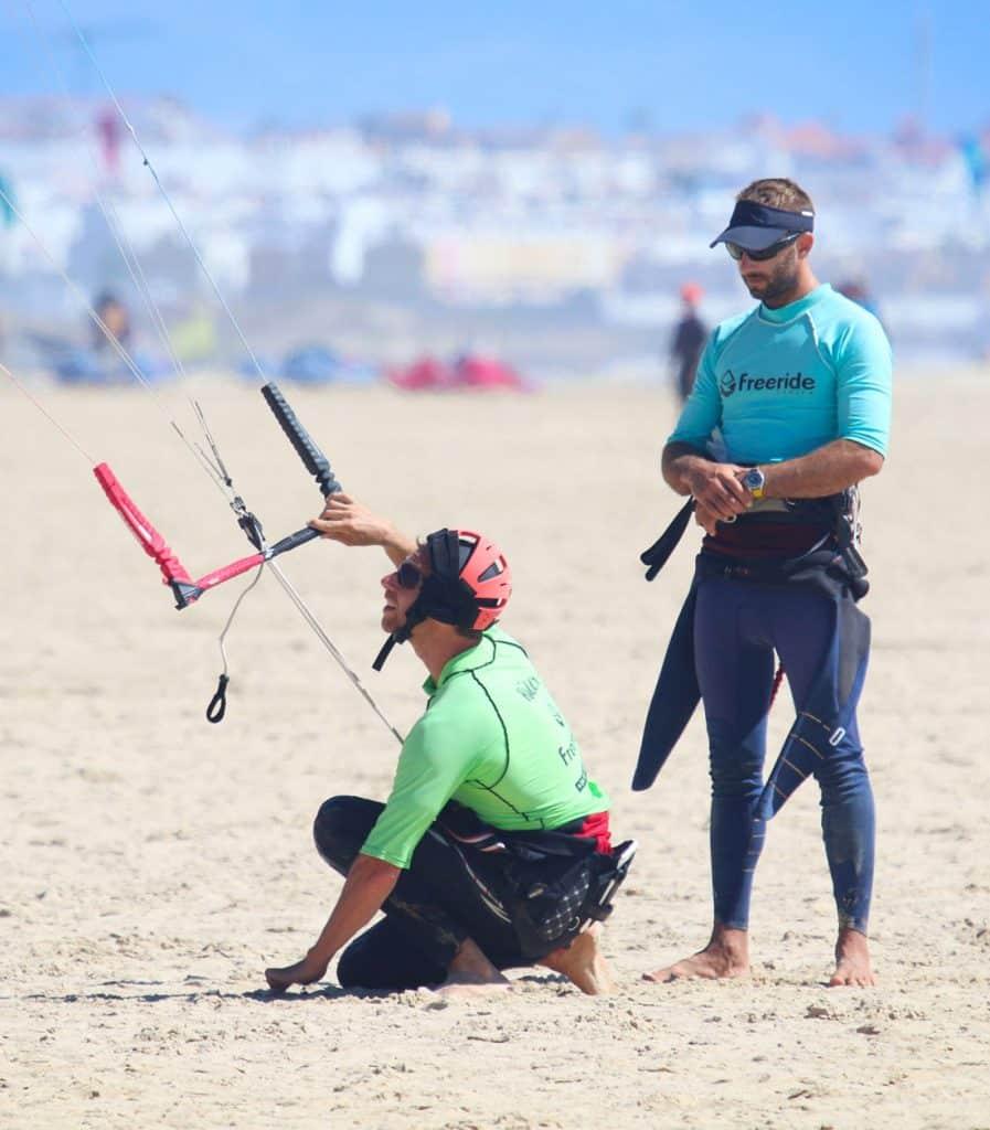 apprendre le kite avec une école de kitesurf sur Tarifa