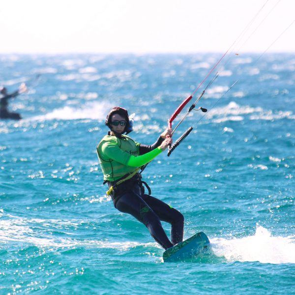 Tarifa The kitesurf Mecca of europe. Training in group lessons