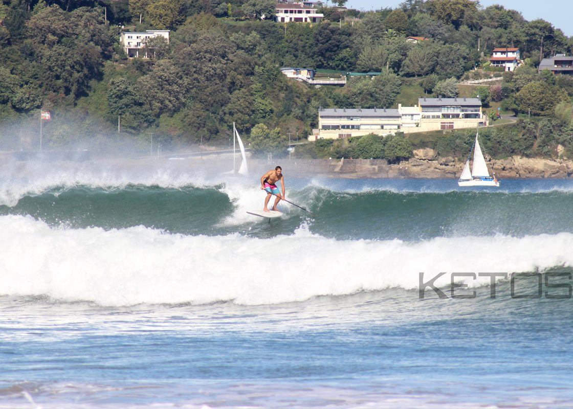 Supfoiling with carbon foil Ketos, Freeride Tarifa partner