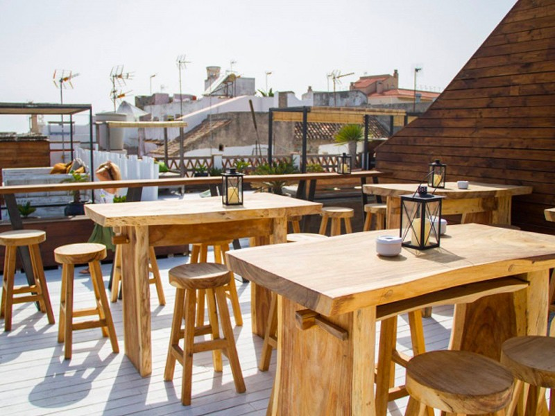 Rooftop Silos 19, the best Tapas Bar in Tarifa, Fresh Tuna, Pulpo