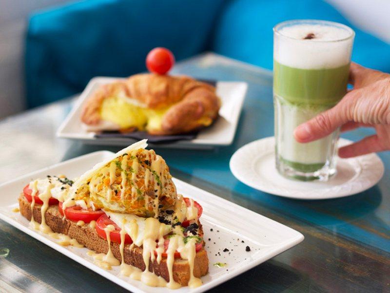 Surla the best breakfast Tarifa sea view