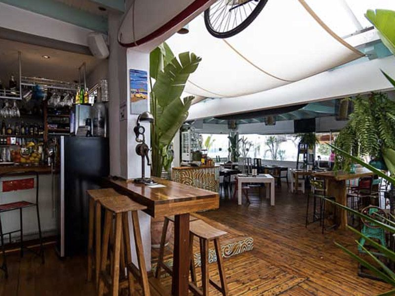 Cafe-del-mar-beach-restaurante-chiringuito-tarifa-balneario-freeride tarifa