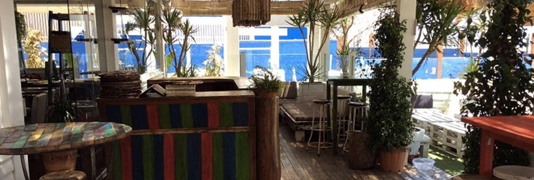Cafe-del-mar-beach-restaurante-chiringuito-tarifa-balneario-kitesurf school