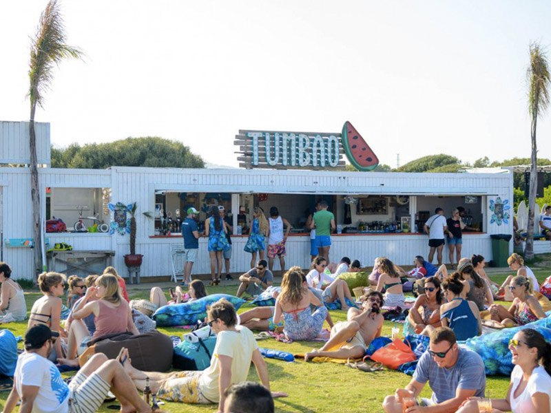 Tumbao-chiringuito-beach-bar-playa-kitespot-valdevaqueros-tarifa
