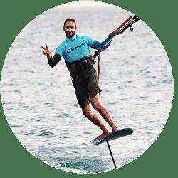 Ecole de kitesurf à Tarifa, ecolde de kite française, séjour kitesurf à Tarifa, apprendre le kitesurf sur Tarifa