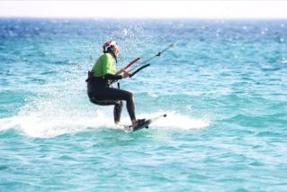 faire son waterstart en kitesurf