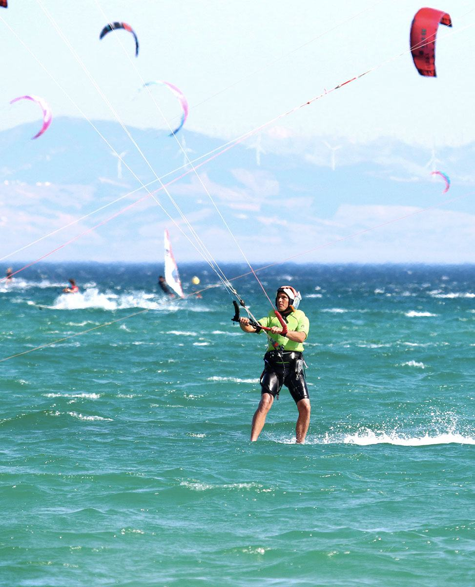 valdevaqueros, ecolde de windsurf et kitesurf, cours pour debutant