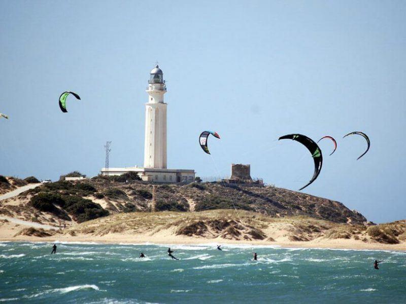 Spot de kitesurf a Canos de Meca avec vagues
