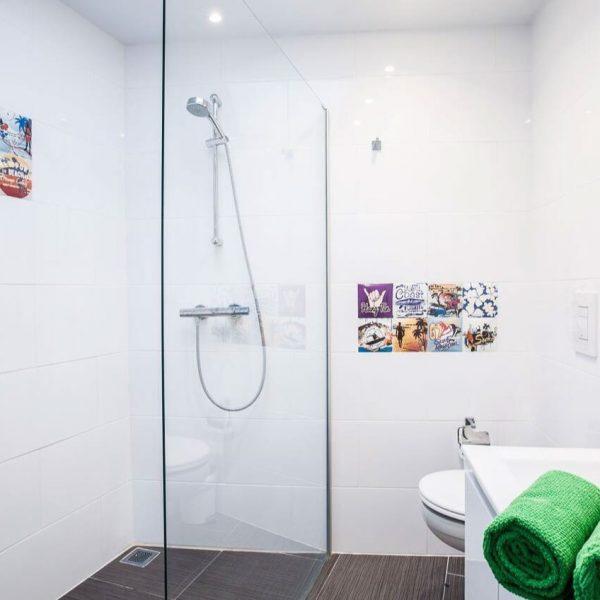 Bathroom Surfers residence hostel Tarifa