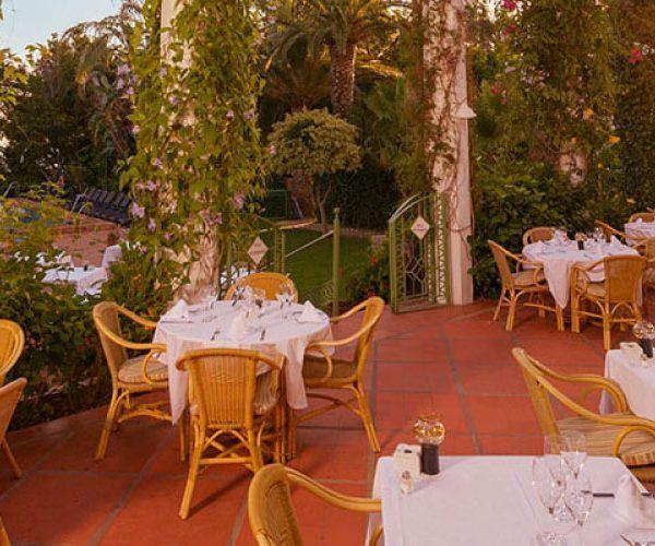 restaurant terrace Hurricane hotel Tarifa