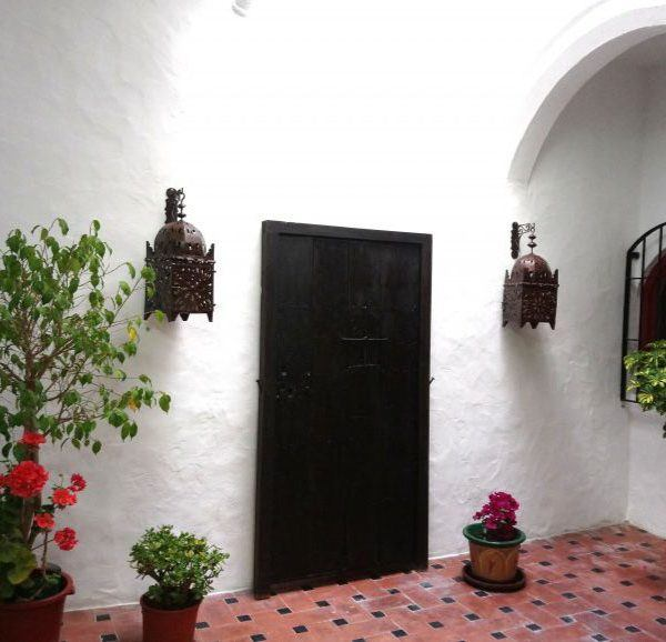 Andalusian entrance of apartments in Tarifa