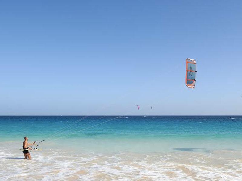 Kitesurfing in Sal Capo verde