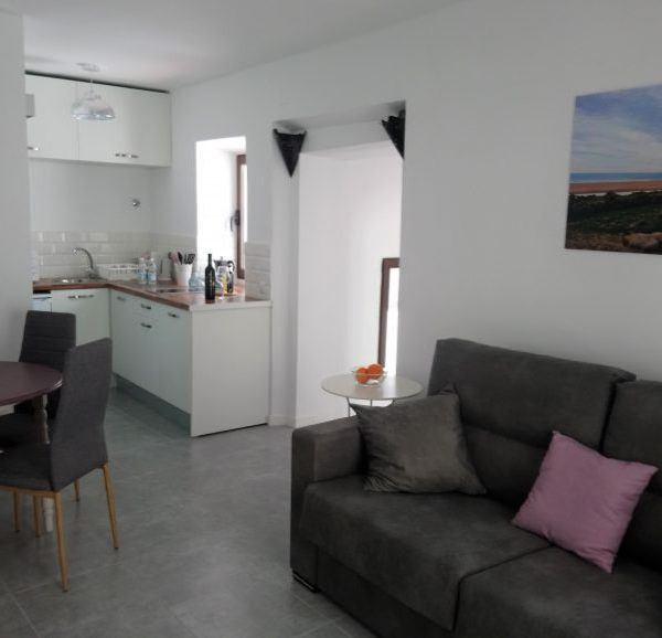apartamento con cocina abierta al salón en Tarifa