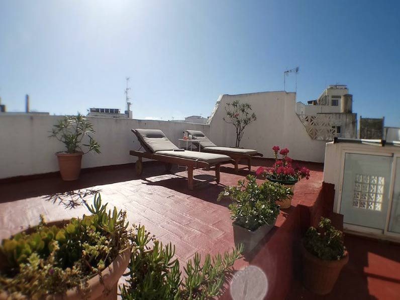 Rooftop terrace in rental apartment