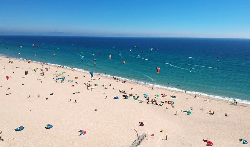 Tarifa spot de kitesurf en europe