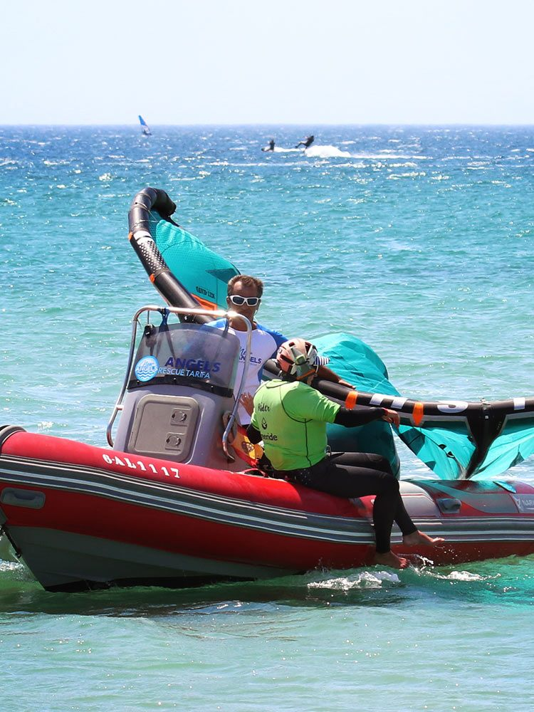 Rescue boats for kitesurfing